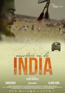 Anochece en la India. De Chema Rodríguez